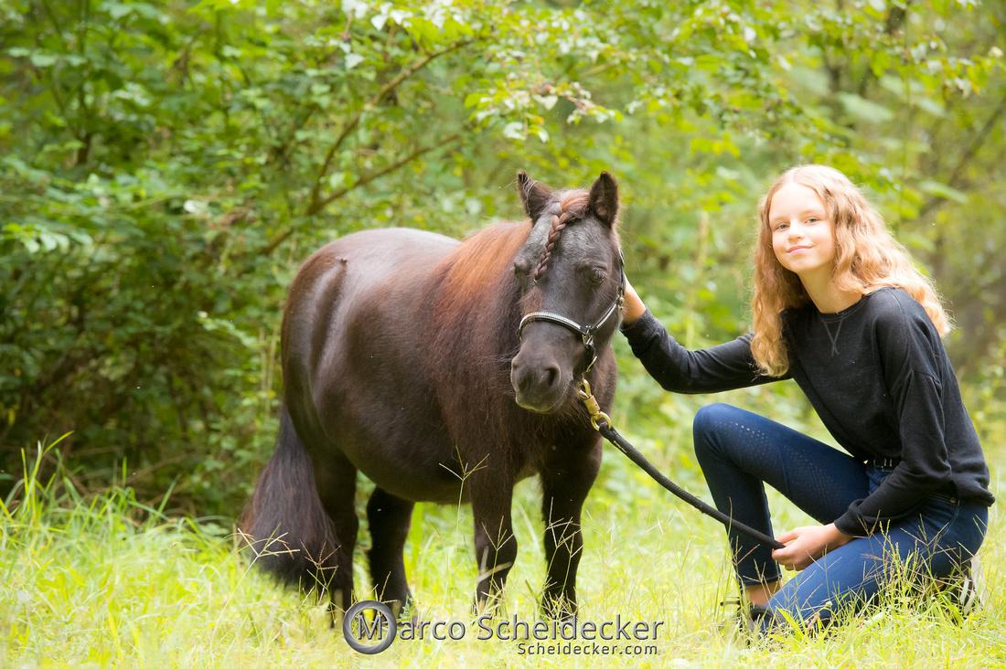 C2019-09-22-0283  -  Fabiola und die kleine Sophie