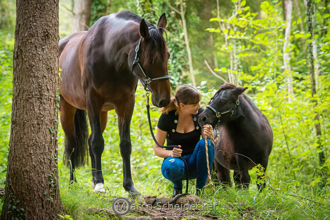 C2019-09-22-0430  -  Fabiola und die kleine Sophie