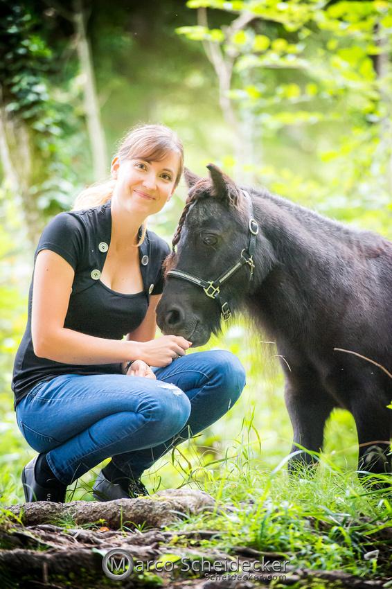 C2019-09-22-0469  -  Fabiola und die kleine Sophie