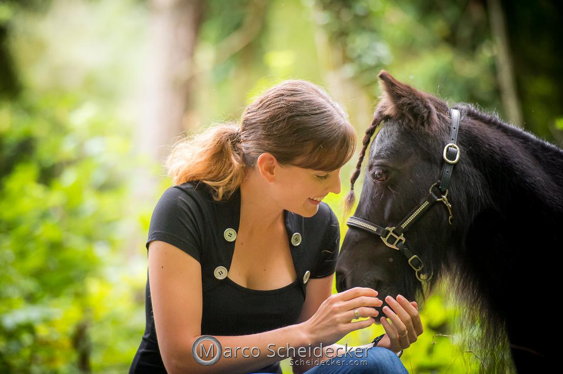 C2019-09-22-0528  -  Fabiola und die kleine Sophie