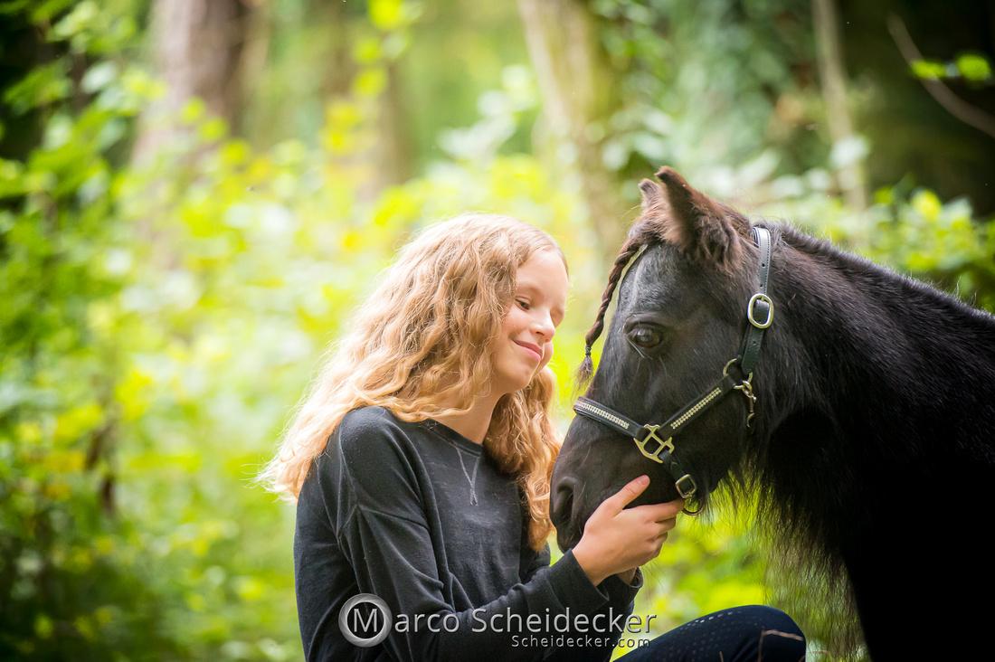 C2019-09-22-0538  -  Fabiola und die kleine Sophie