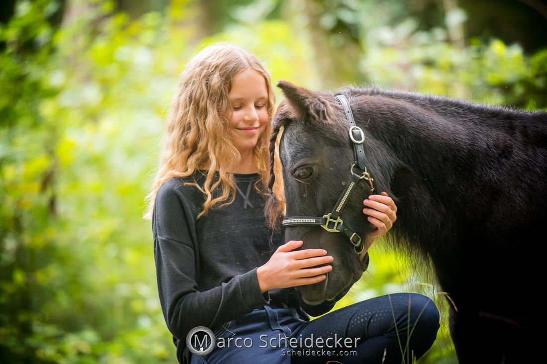 C2019-09-22-0546  -  Fabiola und die kleine Sophie