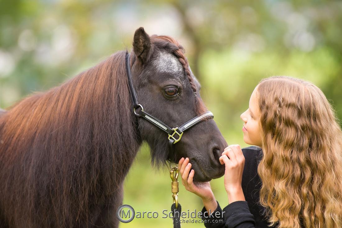 C2019-09-22-0863  -  Fabiola und die kleine Sophie