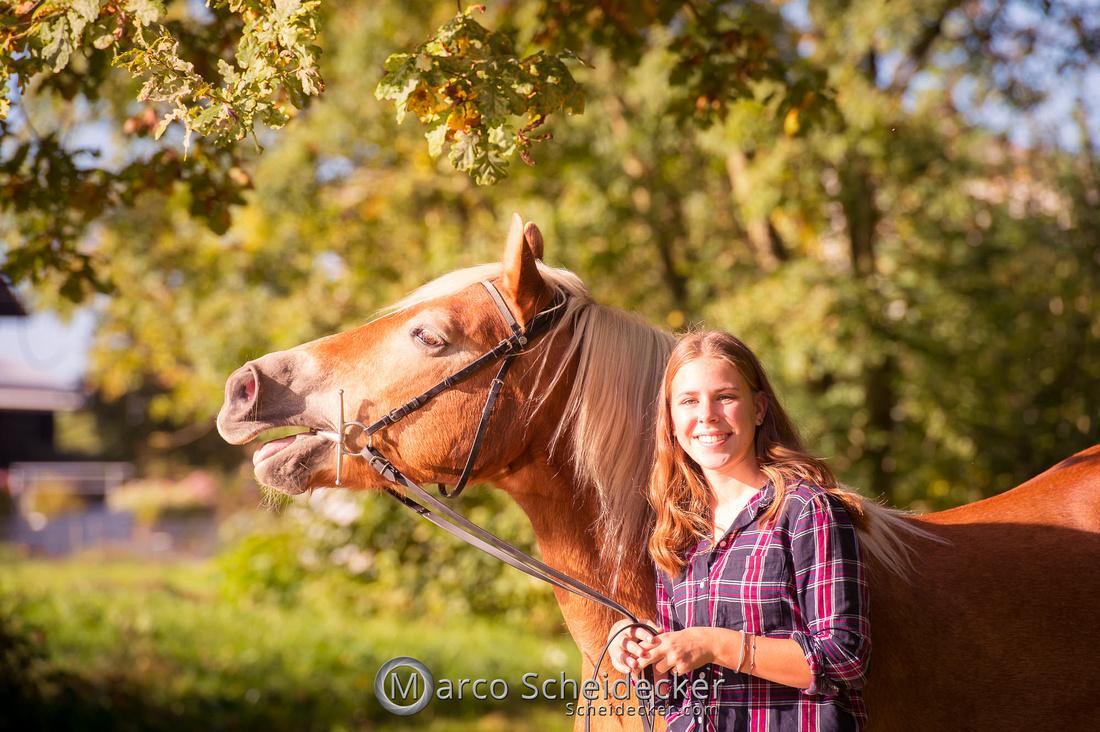 C2019-10-13-3144  -  Wendy im Herbst