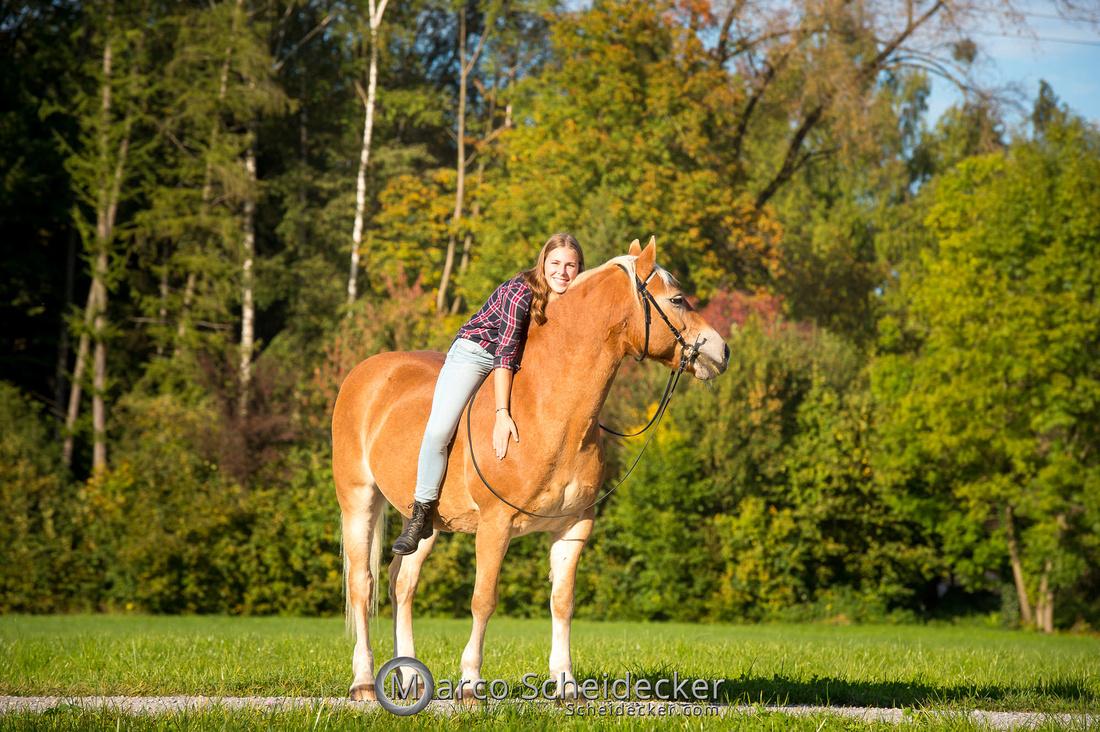 C2019-10-13-3195  -  Wendy im Herbst
