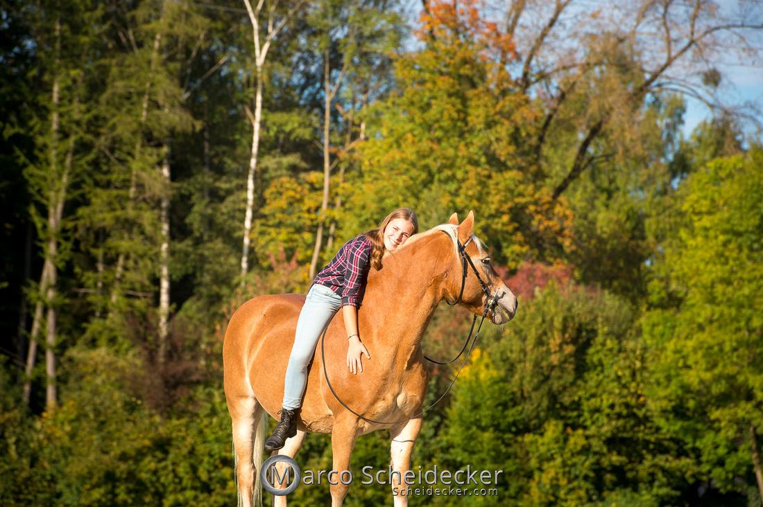 C2019-10-13-3201  -  Wendy im Herbst