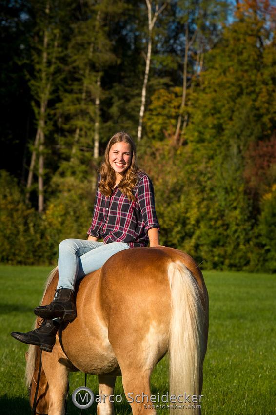C2019-10-13-3422  -  Wendy im Herbst